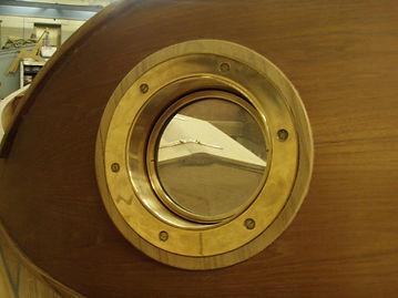 Centre Porthole Installed on Bezel-Aug15