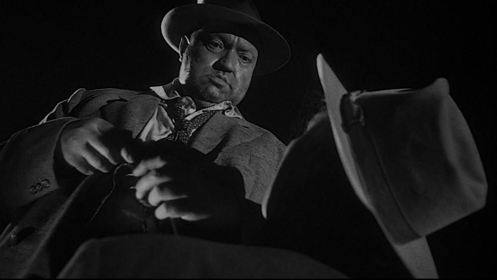 Кадр із «Дотику зла» Орсона Веллса