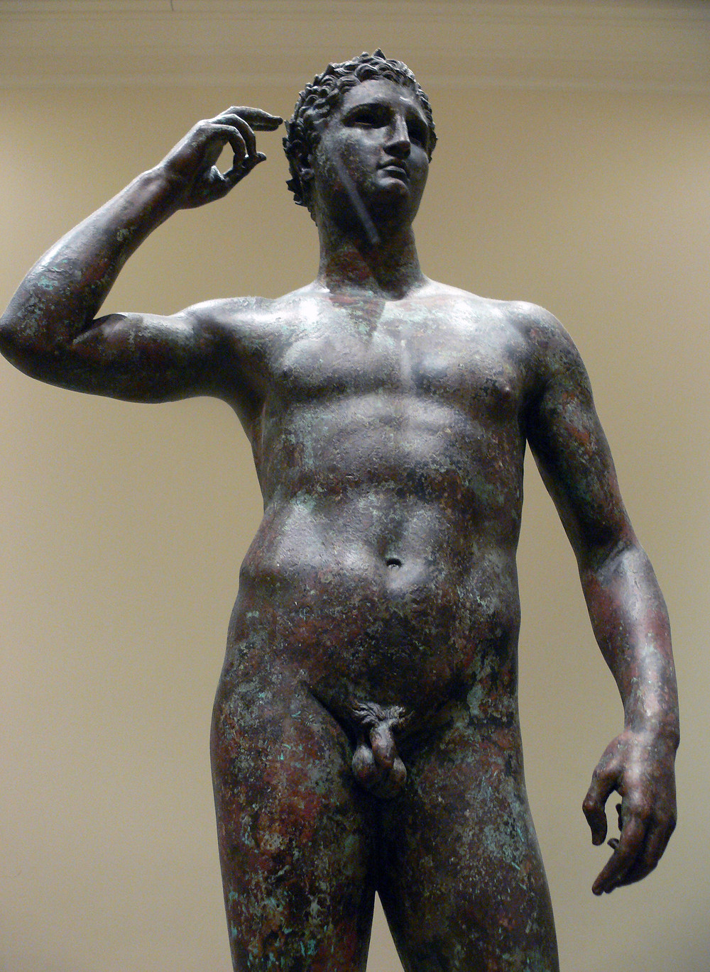 Getty_Villa_-_Victorious_Youth_01.jpg