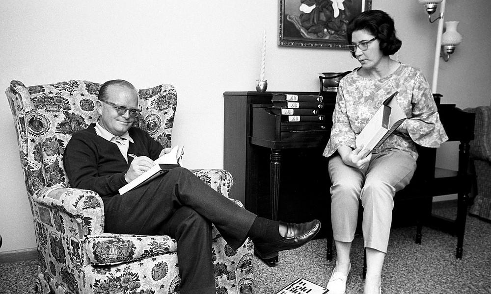 Truman-Capote-Harper-LEe.jpeg