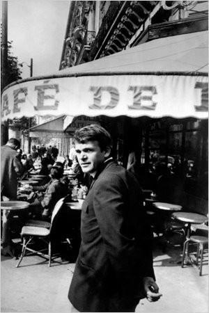 milan kundera in paris 1975.