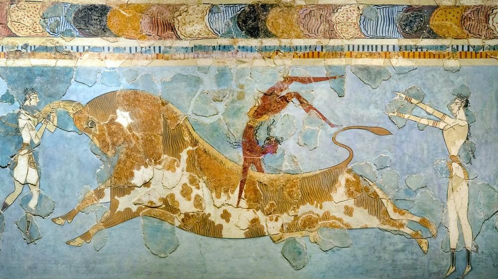 crete-fresco-bull-leaping-1024x573