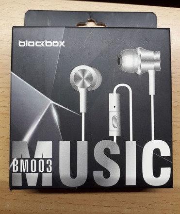 AUDIFONOS BLACK BOX