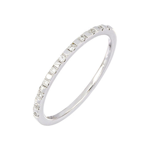 Delicate Pattern Diamond Stackable Ring