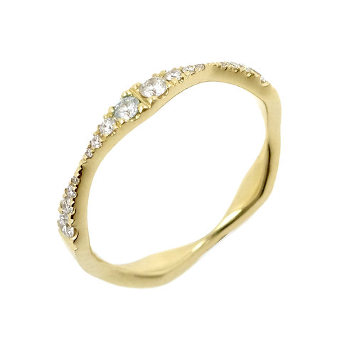 Monroe Reflecting Stackable Ring