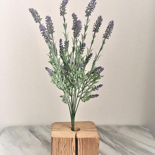 Künstlicher Lavendel