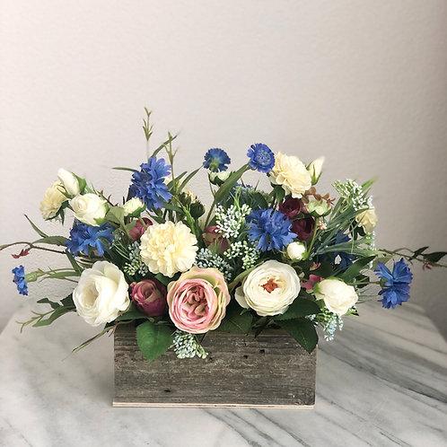 """Altholz"" Kollektion - Kunstblumen Arrangement in einem Holzgefäss, bunt"