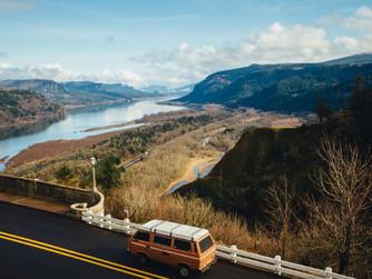 ¿Por qué es tan importante la seguridad vial en las carreteras secundarias?
