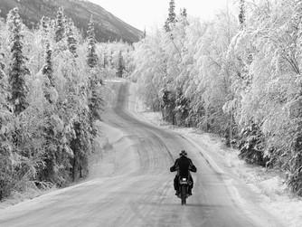 ¿Tienes el carnet de moto? Conducirla en invierno será un placer si sigues estos consejos