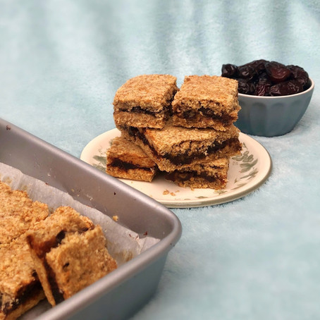 Spiced Date Bars  // 1970s