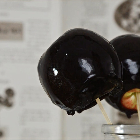Toffee Apples  // 1920s
