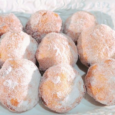 Jam Doughnuts  // 1950s