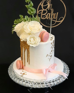 We love so many things about this cake �