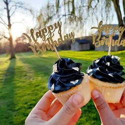 Happy birthday Sam! 😍🥰🤗 .