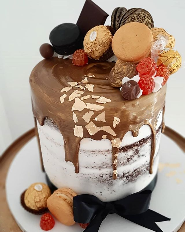 "This 6"" semi naked chocolate fudge cake"