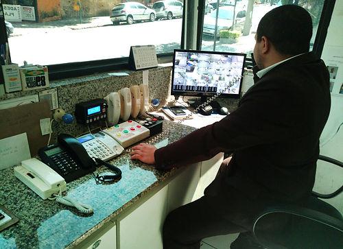 Câmera de vigilância ICAP Portões Automáticos e Segurança Eletrônica