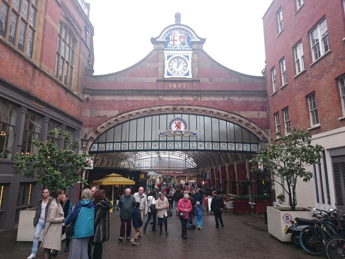 Entrance and exit of Shopping center which leads you to the Winder and Eton Central Station
