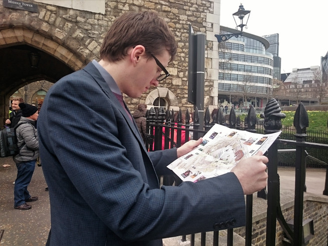 Ayran checking the map for Tower of London