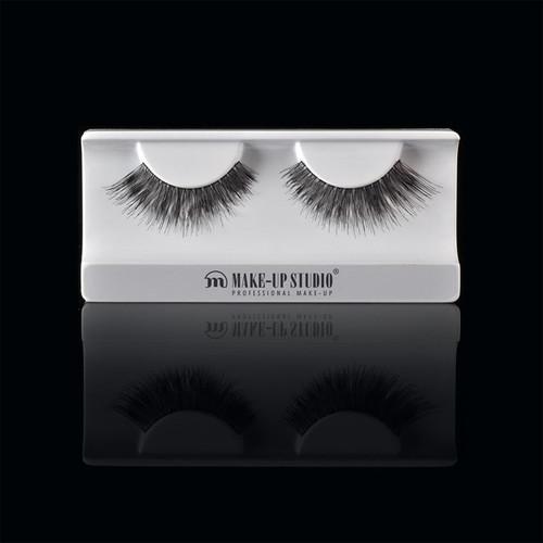 ph0400_4-eyelashes-4.jpg