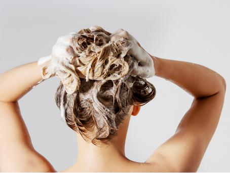 Wie oft du deine Haare waschen solltest