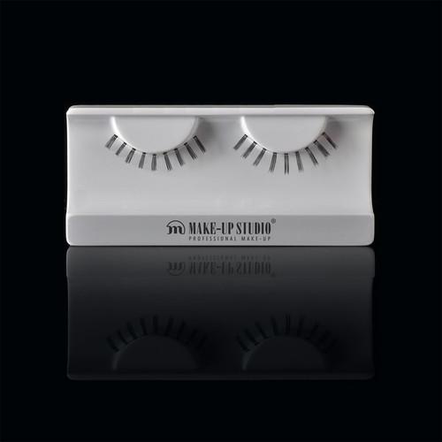 ph0400_19-eyelashes-19.jpg