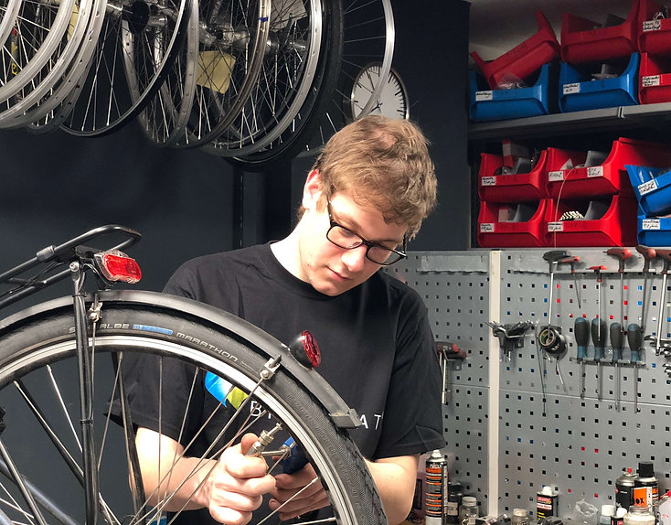 radlmeister-schnelle-reparatur-fahrrad-service-wartung