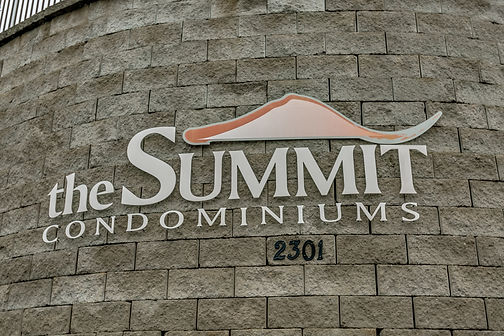 The Summit Condominiums in Tuscaloosa, A