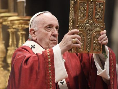 """Em homilia, Papa diz que """"a Igreja não é de direita nem de esquerda, é o templo do Espírito Santo"""""""