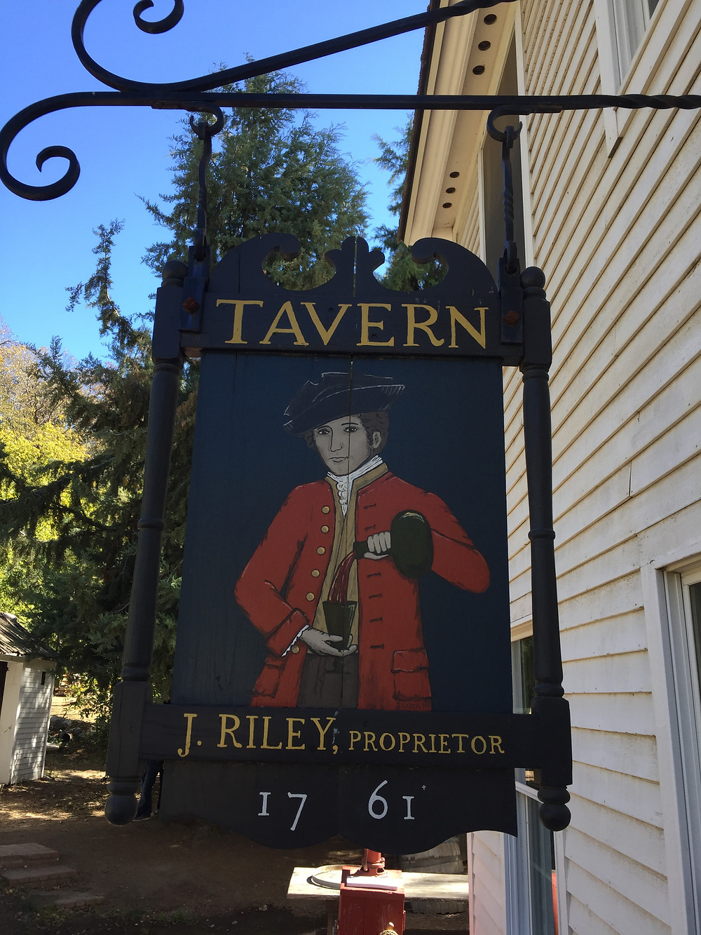 Hawk's Head Tavern, Riley's Farm, Oak Glen, California