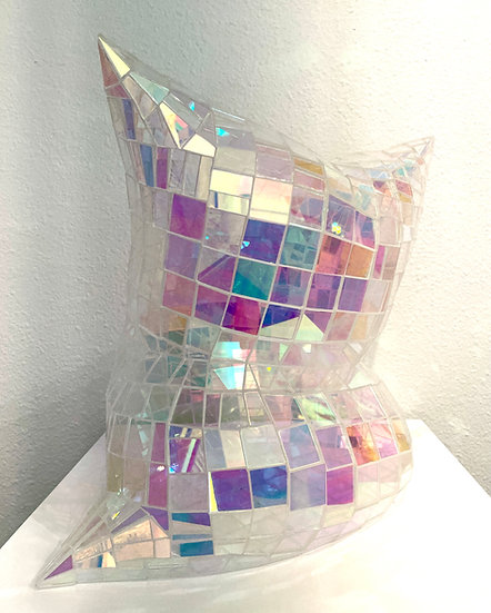 Glass Pillow Small (Holographic)