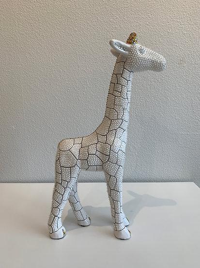Giraffe (White Medium)