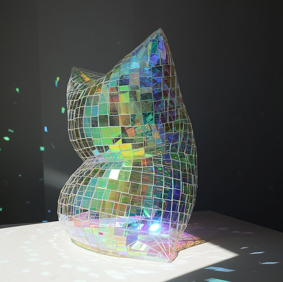 Glass Pillow (Holographic Clear)