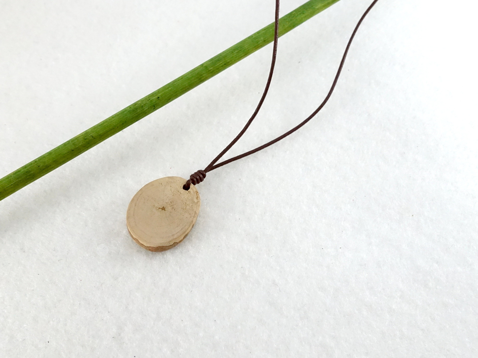 pendentif-pendentif-en-bois-collier-simple-e-18821910-collier-petite-3380-ee5b2_big