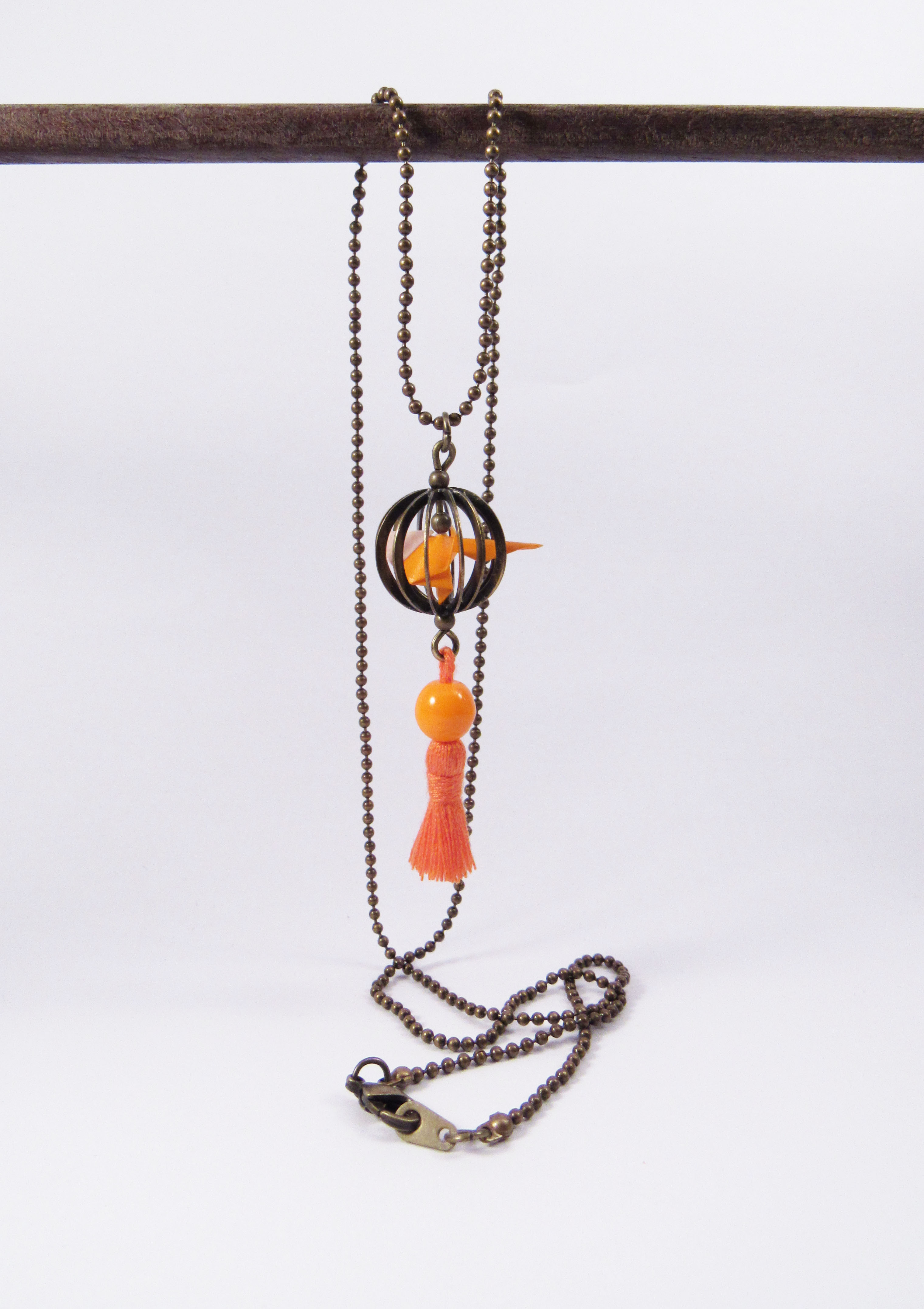 Collier perruche orange