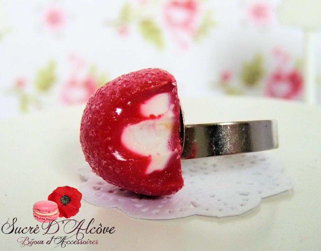 Bague fraise tagada (2)