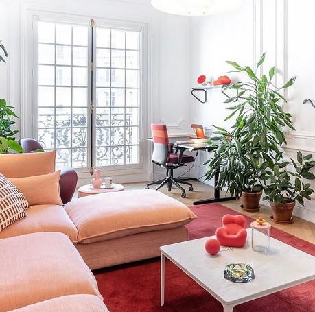 Vitra SR 2021 Salon Rouge.jpg