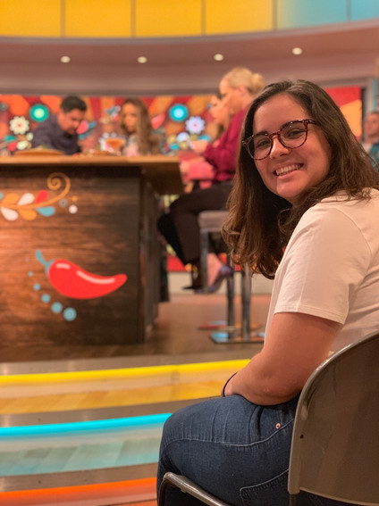 Yan (2019) in the audience of The View during Chef Aarón Sánchez's segment