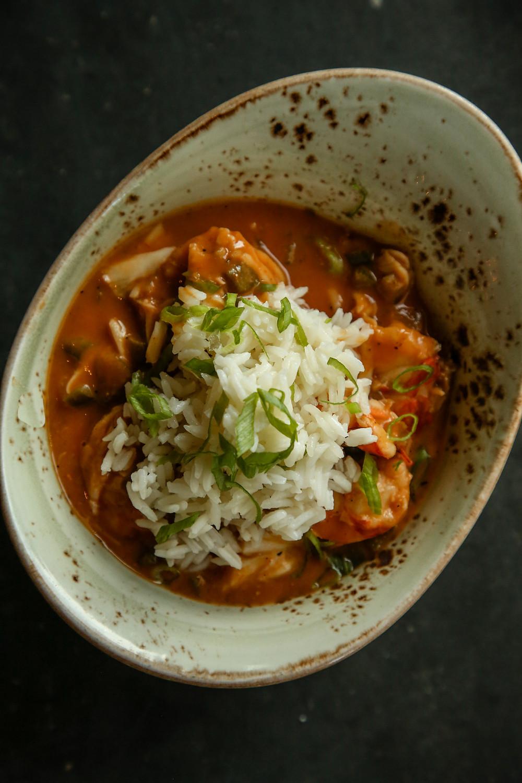 A Quick New Orleans Shellfish Étouffée