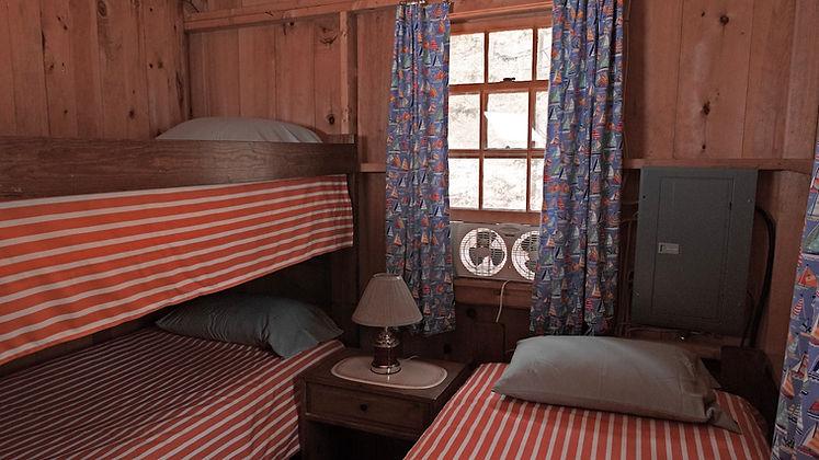 04 Small Bedroom.jpg