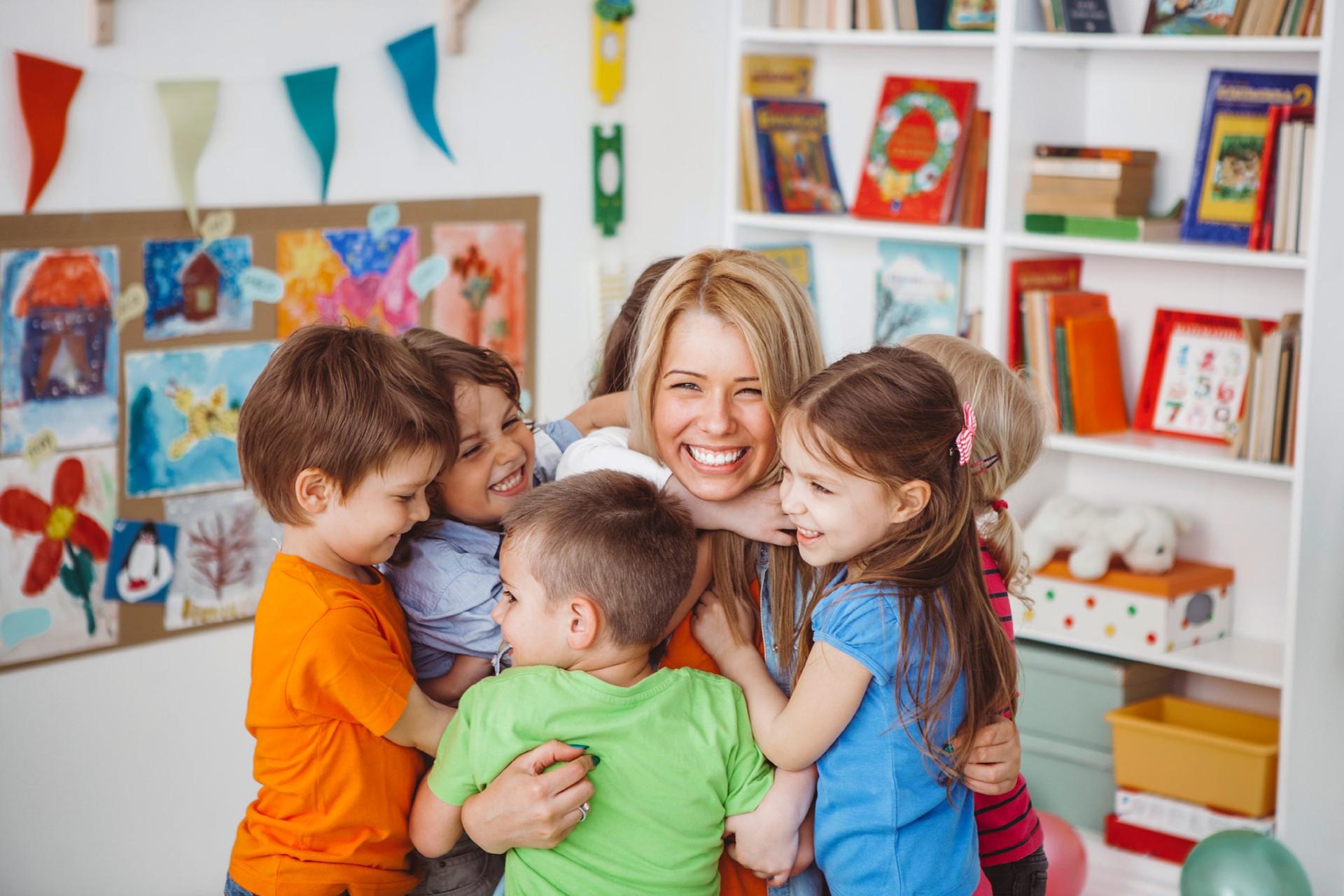 33-your-childs-teacher-happy-kids-classr