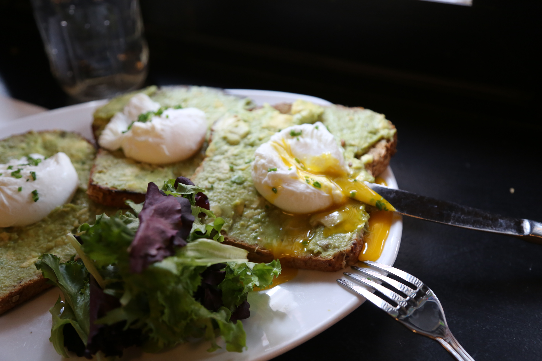 Eggs Benedict, 2019