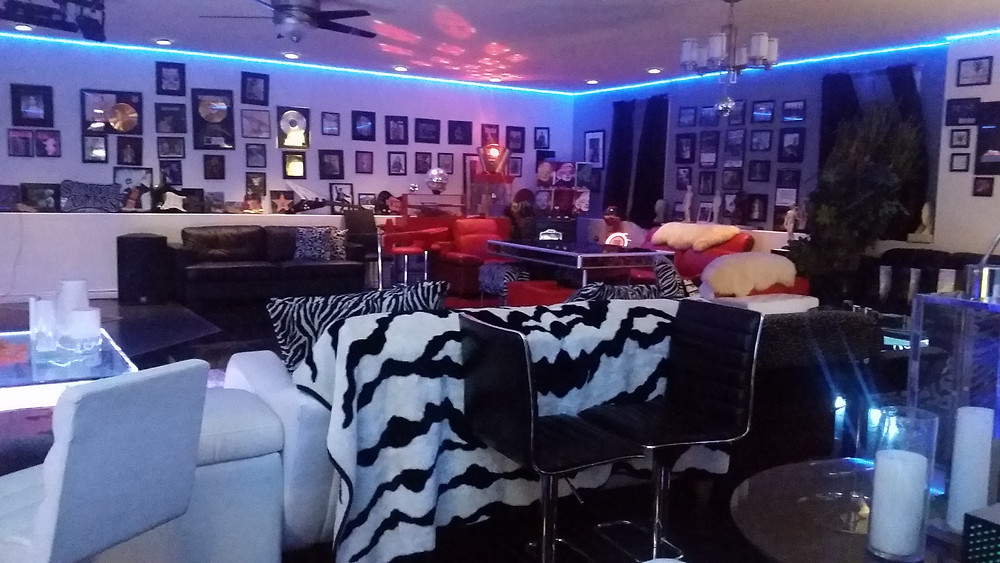 The Hollywood Star Room