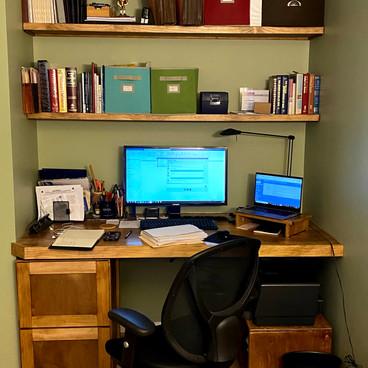 Built-In Desk and Stringer Shelves