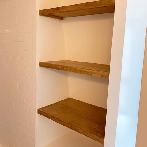 Stringer Bathroom Shelves