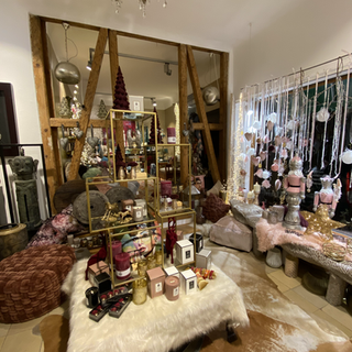 Geschäfte Galerie II.HEIC