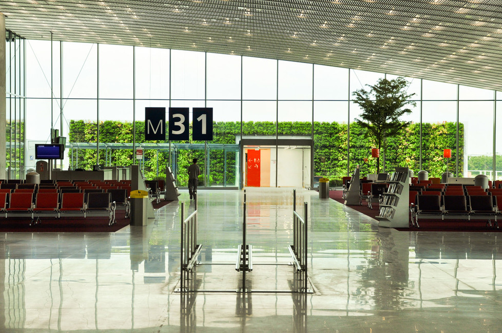 Vertiss  mur végétalisé - Paris Airport.