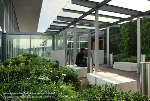 Vertiss Jardin vertical - Paris Airport