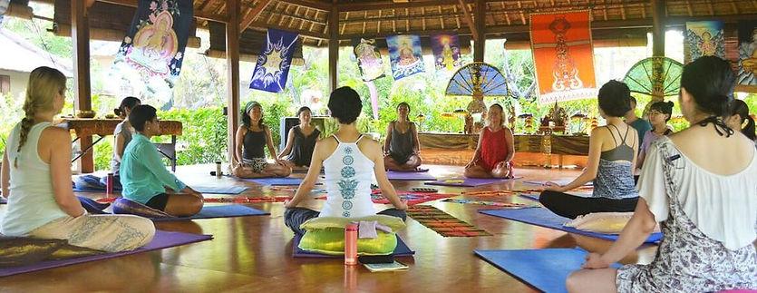 group-yoga_10.jpg