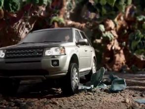 画面の隅までクレイアニメーション。Land Rover Claynation