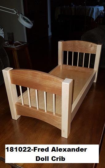 181022-Fred Alexander Doll Crib.jpg